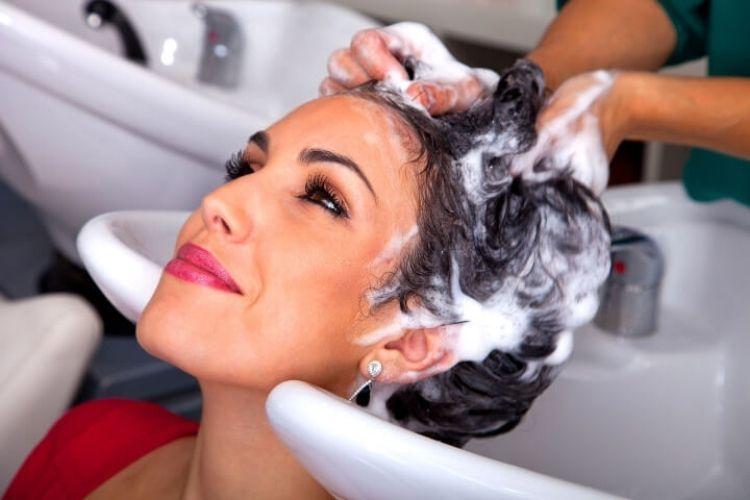 Le bon shampooing pour vos cheveux secs